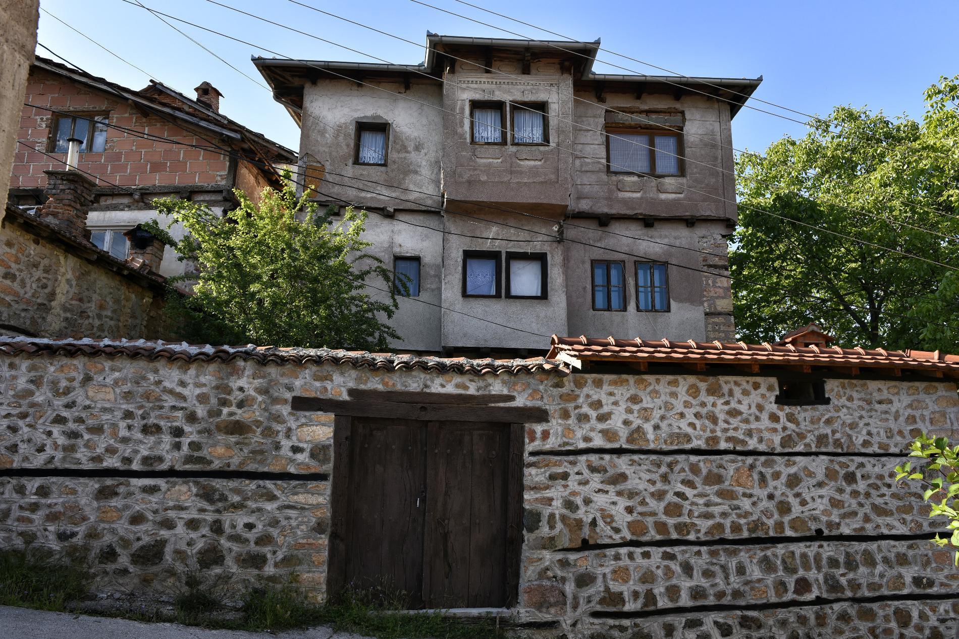 Куќата на Поповци