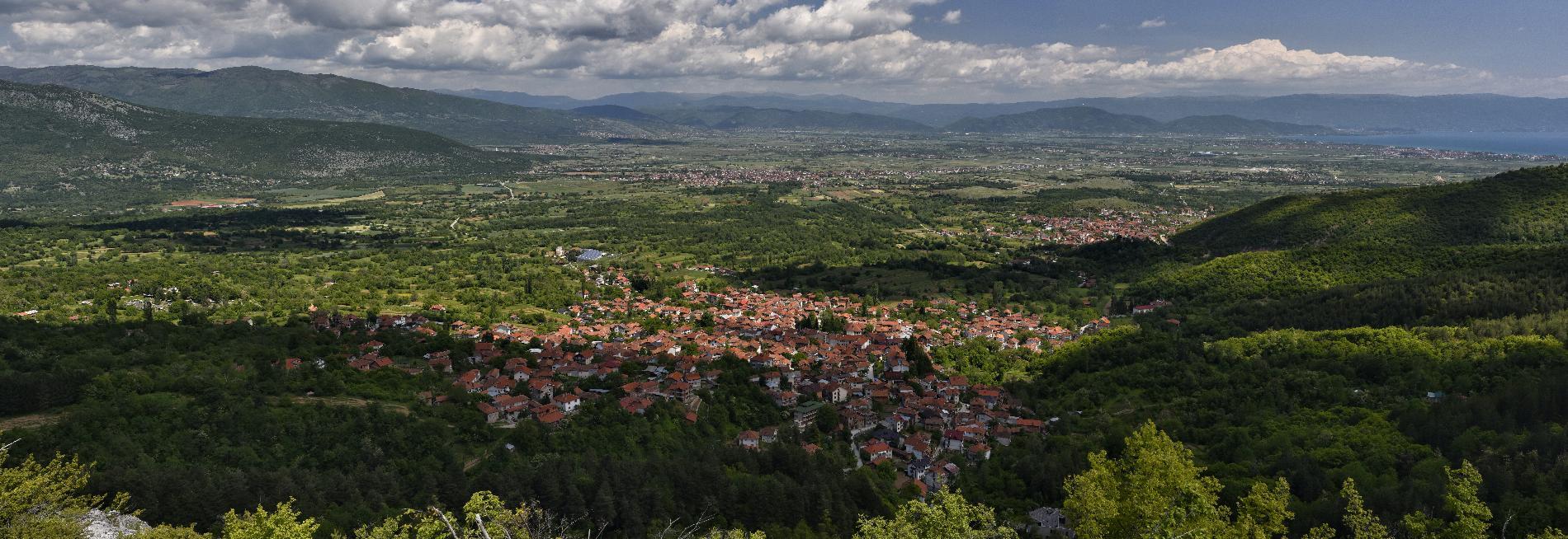 Панорама Вевчани